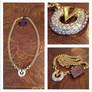 Valentino V logo necklace choker